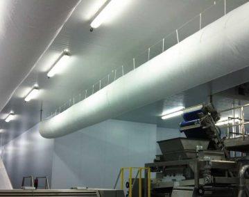 Vista de una instalación de climatización de una fábrica